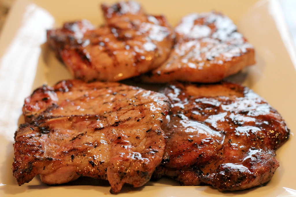 best way to prepare pork chops on the grill